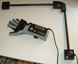 le power glove de nintendo